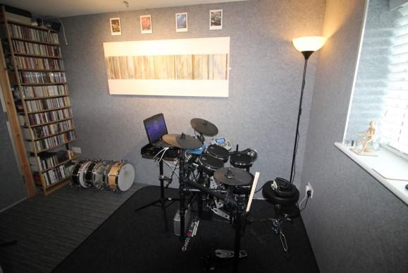 cheznous drum room